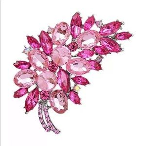 Vintage Inspired Fuchsia Pink Feather Brooch